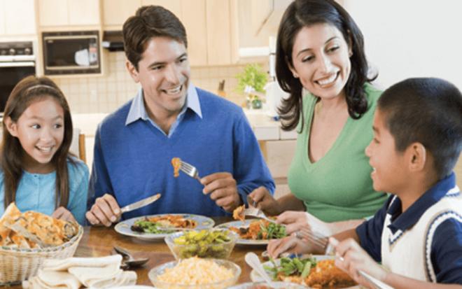 Encouraging Healthy Food For Kids In 9 Ways | SchoolWiser Blog Featured Image