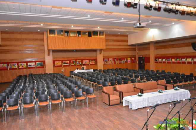 dps sushant lok gurgaon school auditorium image p0zEni66s4hHckt