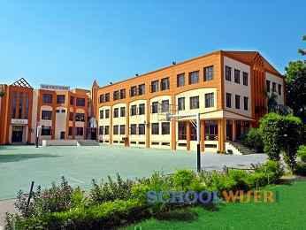 rishi public school sector 31 school building image s0QfC1qts6yacm1