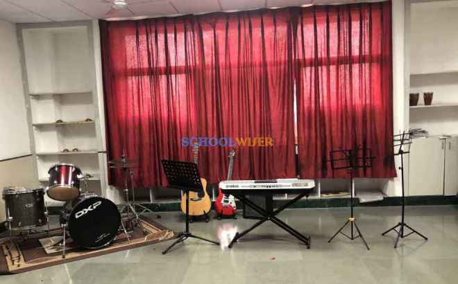 shalom presidency school gurgaon music room