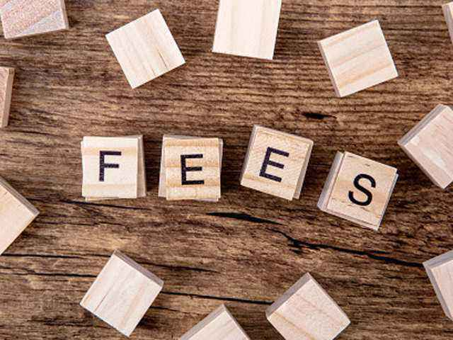 The Big Debate on School Fees for Online Classes for Session 2021-22 | SchoolWiser Blog Featured Image