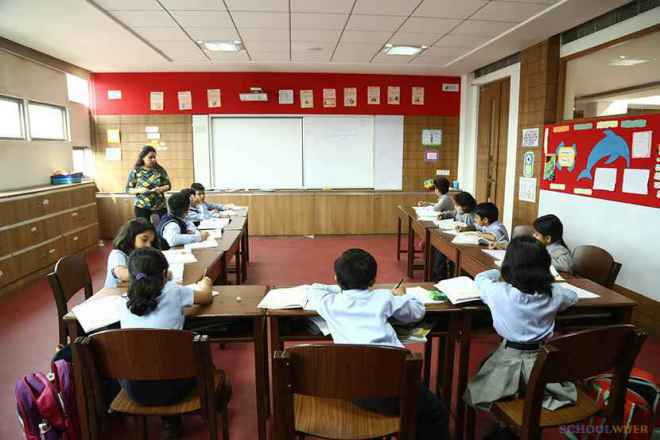 the paras world school india gurgaon classroom image