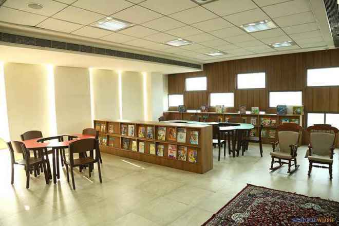 the paras world school india gurgaon library image