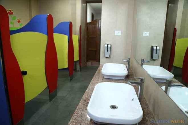 the paras world school india gurgaon toilet image