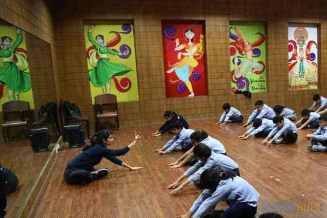 the paras world school india gurgaon yoga room