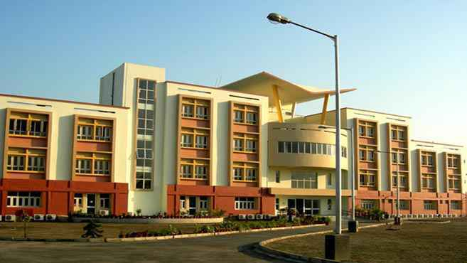 Ranked #14 Top Schools in Kolkata: Calcutta International School Ananapur Kolkata